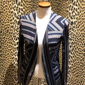 BCBG generation light weight blazer m